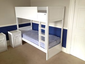 White Bunk Bed Ideal for School Dormitory Furniture